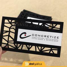 Cartão de visita diferenciado, com acabamento em corte laser e papel premium exclusivo. Para mais informações e modelos, acesse o site www.dmfgrafica.com.br ou chame nossa equipe no whatsapp (51) 99879-0301.