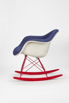 Sedia a Dondolo Eames - design Moderno - sedia anni 70 - Eames Rocking Chair style