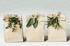 jolie-idee-pour-creer-le-plus-beau-paquet-cadeau-emballage-cadeau-original-en-papier