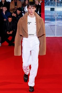 Off-White Fall 2018 Menswear Fashion Show Collection