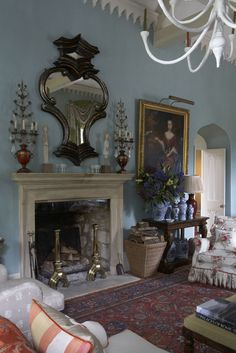 English Country Decor 40284 Tour the Dreamy English Country Cottage of Designer William Yeoward English Country Cottages, English Country Decor, Country Interior, English Countryside, English Cottage Style, French Country, Ikea, English House, Beautiful Interiors