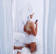 Shower | Pinterest: @maryavenue7