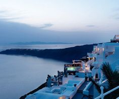 Amazing-sights-at-tholos-luxury-hotel-resort-santorini-m