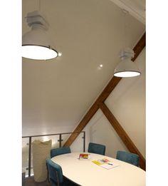 Badkamer spiegellamp met stopcontact | Project foto\'s Luxar | Pinterest