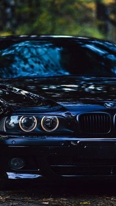 Super Pictures, Bmw Series, Bmw Motors, Bmw E38, Bmw Wallpapers, Bike Photoshoot, Bmw Classic Cars, Bmw Cafe Racer, Bmw Love