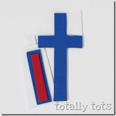 T is for Toothpaste! Try this amazing alphabet craft from the Totally Tots blog. Click on the image above to learn how to make this cute craft, and what you'll need to make it. There will even be a suggested book to accompany your lesson. Why not make a craft today?