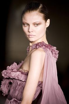 Lady in Mauve Dusty Pink, Blush Pink, Lilac, Dusty Rose, Mauve, Deco Rose, Purple Haze, Queen, Beautiful Gowns