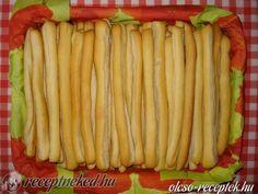 Érdekel a receptje? Kattints a képre! Küldte: Kinga Croatian Recipes, Hungarian Recipes, Hungarian Food, Scones, Celery, Asparagus, Good Food, Food And Drink, Rolls