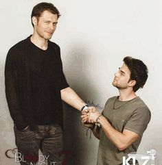 Joseph Morgan and Nathaniel Buzolic The Originals Tv Show, Klaus The Originals, Originals Cast, Vampire Diaries Funny, Vampire Diaries Cast, Vampire Diaries The Originals, Joseph Morgan, Nathaniel Buzolic, Don Draper