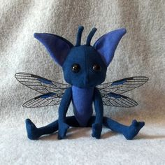 Adobe PDF (22pgs, 3.7 MB)  This tutorial/pattern follows along the detailed construction of jointed Cornish Pixie plush dolls inspired by the Harry