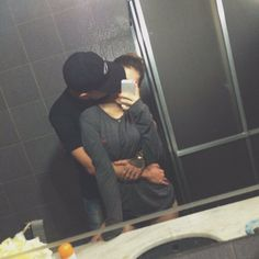 Learn the Essence of the 5 Love Languages Cute Couple Selfies, Cute Love Couple, Cute Couple Pictures, Couple Goals Relationships, Relationship Goals Pictures, Couple Relationship, Tumblr Couples, Couples Images, Boyfriend Goals