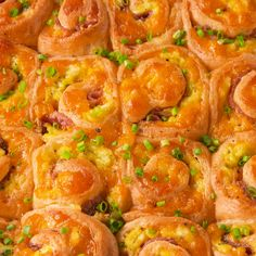 Feb 2020 - Egg and cheese sandwiches have nothing on Breakfast Pinwheels. Breakfast Dishes, Breakfast Time, Breakfast Potatoes, Free Breakfast, Brunch Recipes, Appetizer Recipes, Tasty Breakfast Recipes, Easter Recipes, Fingerfood Party