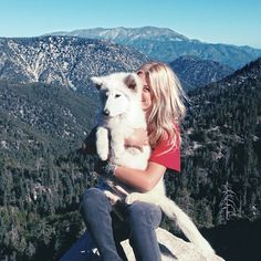 this is all that i want. nature, sunshine, and a fluffy dog in my arms.