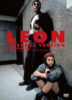 Natalie Portman and Jean Reno in Léon Great Films, Good Movies, Love Movie, Movie Tv, Leon The Professional, Mathilda Lando, Cinema Posters, Movie Poster Art, Iconic Movies