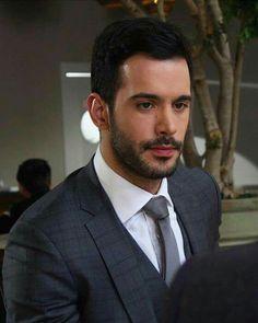 Elcin Sangu, Turkish Actors, Barista, Gentleman, Handsome Guys, Turkey, Celebrity, Style, Couples