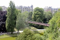 SUMMER STROLLS IN PARIS - Parc des Buttes Chaumont