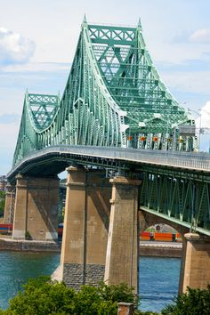 Jacques Cartier bridge in Montreal Canada Montreal Ville, Montreal Quebec, Quebec City, Jacques Cartier, Old Port, Belle Villa, Canada Travel, Beautiful Pictures, Beautiful Places