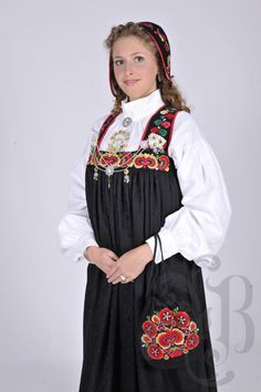 Norwegian Clothing, Norway, That Look, Weaving, Clothes, History, Dresses, Hipster Stuff, Outfits
