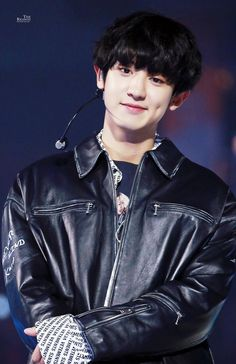 """Happy birthday to our precious Park Chanyeol 🎊🎉🎈🎁🎂 EXO-L wish you to always fill with happiness and always be healthy. Thanks for your hard work & for being a part of EXO. Hope you will continue to be successful in everything you do❣️ Kpop Exo, Baekhyun Chanyeol, Exo Ot9, K Pop, Taehyung, Kdrama, Day6 Sungjin, Exo Music, Exo Album"