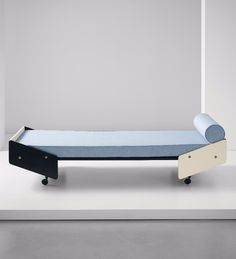 DAYBEDS / Gio Ponti; Prototype Daybed for 'La Casa Adatta' by Walter Ponti, c1970.