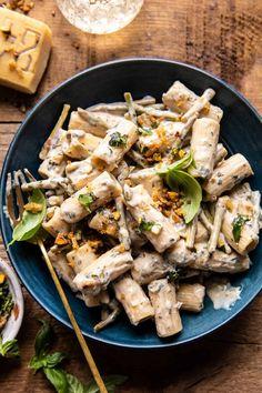 Creamy Lemon Basil and Asparagus Ricotta Pasta. - Half Baked Harvest Pesto Pasta Bake, Ricotta Pasta, Asparagus Pasta, Salad Dishes, Pasta Dishes, Pasta Recipes, Cooking Recipes, Dump Recipes, Dinner Recipes