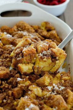 I've made the same Christmas morning breakfast for the past 10 years. Mom's Breakfast Bake and our favorite Cinnamon Rolls. My family loves it and I do too, but I thought it was time to change things up this year! 😀 That being said, let me introduce to you FRENCH TOAST BAKEaka. the most wonderful …