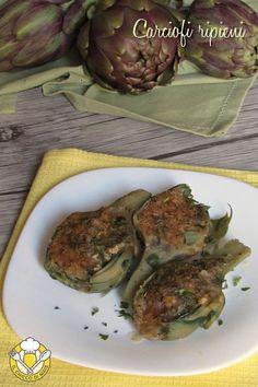 Carciofi ripieni vegetariani, antipasto o secondo semplice e gustoso https://blog.giallozafferano.it/ilchiccodimais/carciofi-ripieni/