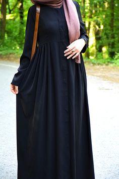 Siyah Renk Ferace Abaya Fashion, Muslim Fashion, Fashion Dresses, Mode Hijab, Woman Fashion, Classy Outfits, Stylish, Summer, How To Wear