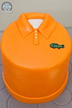 Lacoste Cake. It would be fun to do this as one of those terrible polo shirts we wore at Ursuline Academy for the class reunion!