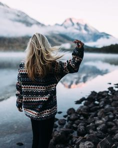 beautiful world! wanderlust, adventure and travel Adventure Awaits, Adventure Travel, Nature Adventure, Ski Et Snowboard, Sunrise Lake, Sassy Hair, Hair Flip, Victor Hugo, How To Pose