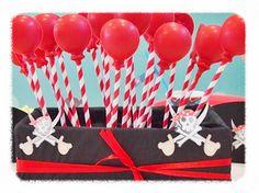 Artículos de Fiesta Infantil : PAJITA RAYAS ROJAS. Con estas pajitas de papel seras la sensación en la celebración de tus fiestas tematicas infantiles; Las puedes utilizar no solo de pajitas para beber, sino también para las decoraciones de cumpleaños infantiles añadiendole banderines, ponerlas de base para los cake pops, o cualquier otra idea que sea posible.