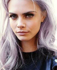 Uploaded by Cara Delevingne. Find images and videos about hair, model and cara delevingne on We Heart It - the app to get lost in what you love. Cara Delevingne, Big Hair, Your Hair, Purple Grey Hair, Lilac Hair, Pastel Hair, Pastel Pink, Flawless Makeup, Belleza Natural