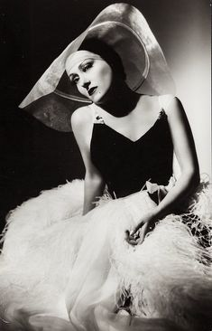 Ernest Bachrach, Gloria Swanson, 1941
