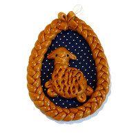 velikonoční vajíčko Coin Purse, Brooch, Christmas Ornaments, Holiday Decor, Egg, Creative, Eggs, Brooches, Christmas Jewelry