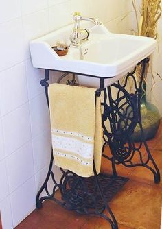 Old Sewing Machines' New Life in Your Interior. Another bathroom example of util., Old Sewing Machines' New Life in Your Interior. Another bathroom example of utilization - Interior, Diy Furniture, Sewing Table, Repurposed Furniture, Vintage Sewing Machine, Old Sewing Machines, Bathroom Design, Bathroom Decor, Sewing Machine Tables