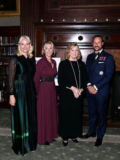 Foro Hispanico de Opiniones sobre la Realeza: Los herederos noruegos en la gala de la Camara de Comercio Noruega en EEUU en Nueva York