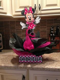 DIY 12 Small Minnie Mouse Birthday Party by SMARTIESPARTIES