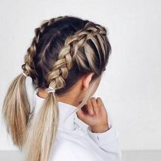 Trendy Hairstyles For Medium Length Hair Updo Everyday – Everyday Hairstyles Cute Hairstyles For School, French Braid Hairstyles, Chic Hairstyles, Cute Hairstyles For Short Hair, Hairstyles Tumblr, Hair Ideas For School, Simple Hairstyles For Medium Hair, Ponytail Hairstyles, Cute Everyday Hairstyles