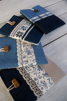 A brilliant craft to make and sell ohmy-creative.Items similar to Apple iPad mini Case Sleeve Cover/ denim on Etsy Jean Crafts, Denim Crafts, Book Sleeve, Ipad Sleeve, Ipad Mini, Artisanats Denim, Denim Ideas, Recycle Jeans, Old Jeans