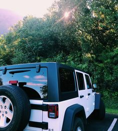 Cars Jeep White 31 New Ideas Best Picture For dream cars For Your Taste You are looking for something, and it is going to tell you exactly what Jeep Cars, Jeep Truck, Jeep Jeep, My Dream Car, Dream Cars, Dodge, Cute Cars, Future Car, Dear Future