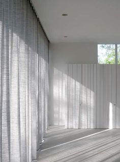 linen curtains by the alfred collection via bloesem