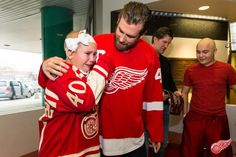 The Red Wings visit DMC Children's Hospital  - 11/26/2013 -