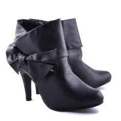 BOTINE NEGRE CU FUNDITA ELEGANTE  119,0 LEI Black Is Beautiful, Beautiful Shoes, Lei, Booty, Ankle, Heels, Fashion, Cute Wedges Shoes, Heel
