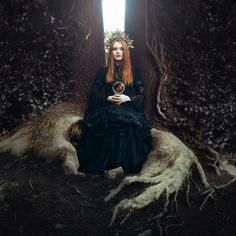 Art Photography by Stephanie Pearl Images Esthétiques, Fantasy Photography, Themed Photography, Season Of The Witch, Witch Aesthetic, Dark Beauty, Character Inspiration, Character Ideas, Redheads
