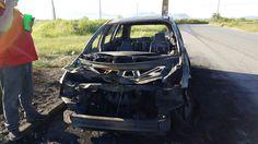 Pierde su vehículo en incendio por corto circuito junto a Vitromex | El Puntero
