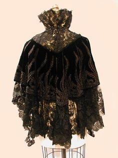 Black short cape