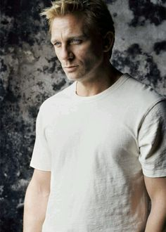 Can I have him please? Just for one night??? <3Daniel Craig