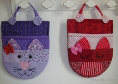 Cat bag for little girl. Patchwork Bags, Quilted Bag, Sewing Crafts, Sewing Projects, Doll Carrier, Sewing To Sell, Cat Bag, Cat Quilt, Fabric Bags