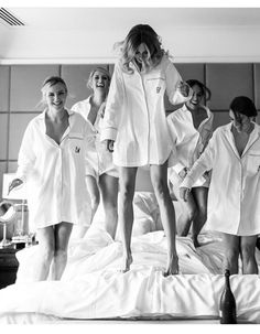 Bridesmaid Robes, Wedding Robes, Robes for Bridesmaids - AW. Bridesmaid Get Ready Outfit, Bridesmaid Getting Ready, Bridesmaid Shirts, Brides And Bridesmaids, Before Wedding, Wedding Prep, Perfect Wedding, Dream Wedding, Wedding Day