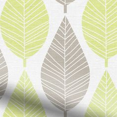Put a spring in your step no matter the season with the Winter Leaf Spring Green roller blind, and its fresh, nature inspired pattern and rejuvenating colourway. br  br The entire essence of this b...